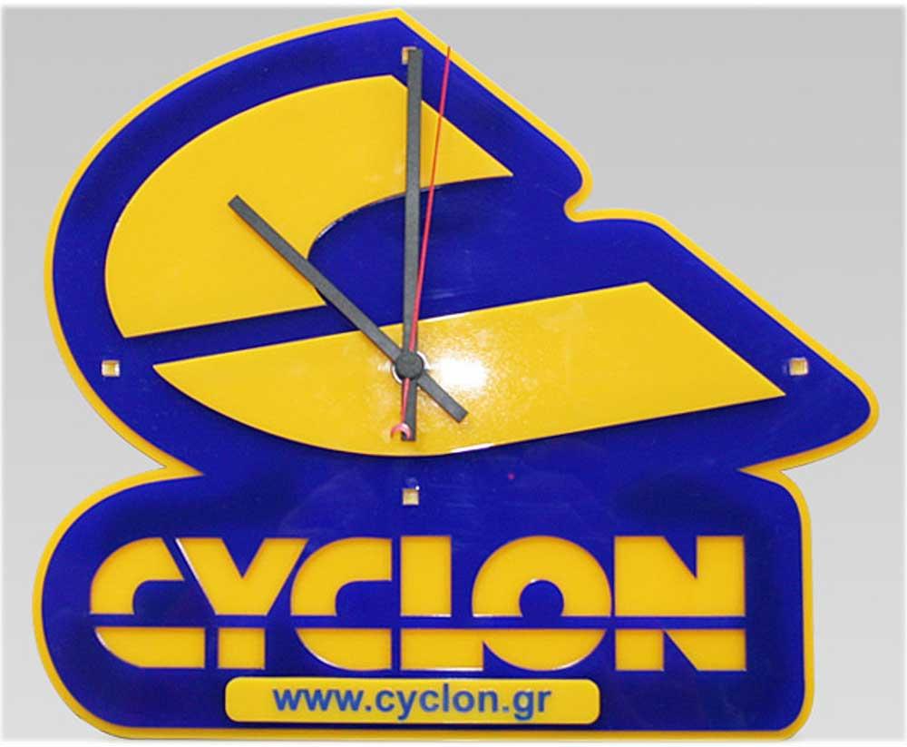 настенные часы с логотипом спб