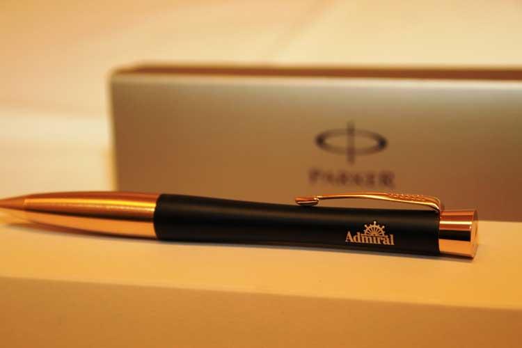 ручки с гравировкой или именем на заказ СПБ