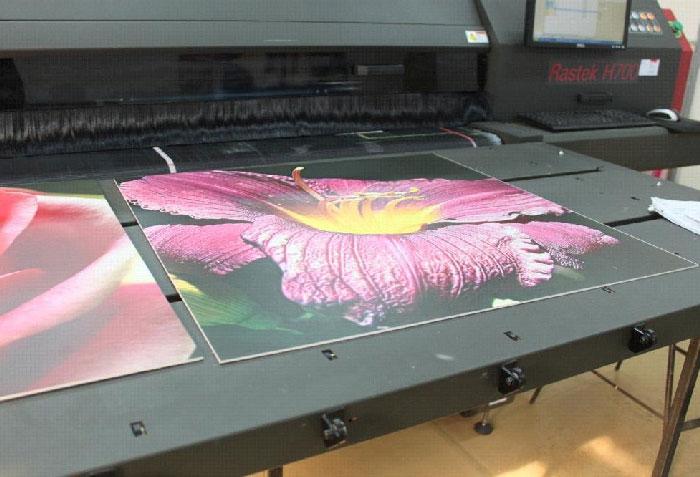 Печать на пластике ПВХ СПБ